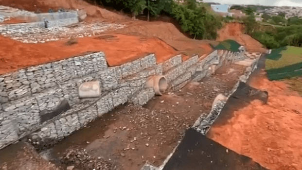 Prefeitura de Anápolis avança nas obras de contenção a erosão da Vila Formosa