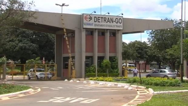 Redução de custos em serviços do Detran leva goianos a economizarem R$106 milhões