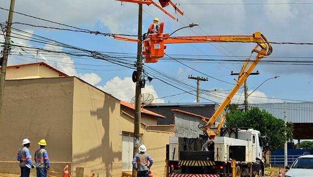 Justiça estabelece prazo máximo para religação de energia em Goiás