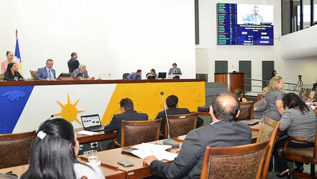 Assembleia aprova LDO e começa a discutir orçamento