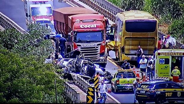 Após acidente grave na BR-050, pista foi liberada para passagem de veículos