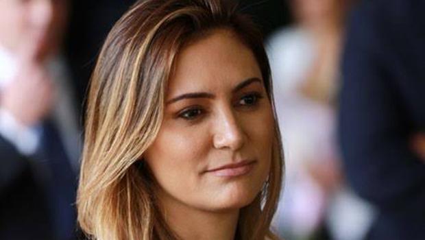 Ministro do STF decide pelo arquivamento do pedido de investigação contra Michelle Bolsonaro