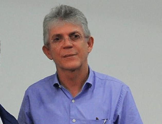 Ministro do STJ manda soltar ex-governador da PB Ricardo Coutinho