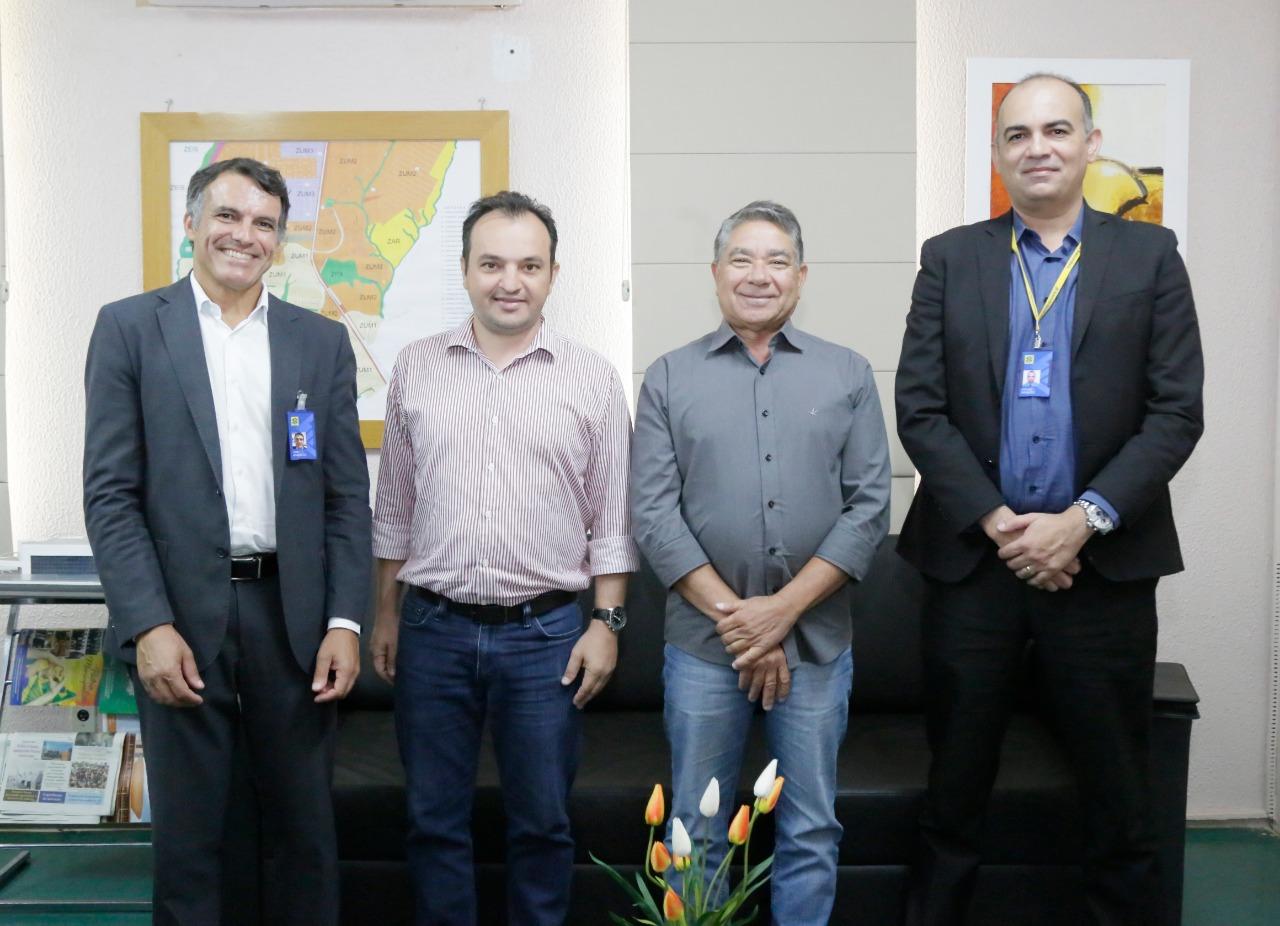Prefeito de Valparaíso assina acordo de investimento de R$1,5 milhões em infraestrutura