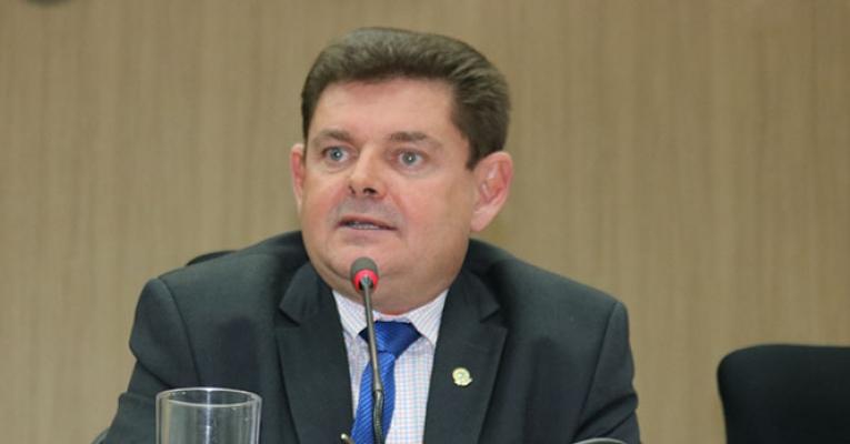 Presidente do DEM diz que Eronildo Valadares está indeciso entre DEM e Podemos