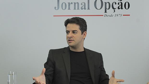 """""""Não se deve fazer política pública de saúde sem validação científica"""", diz Ismael Alexandrino"""