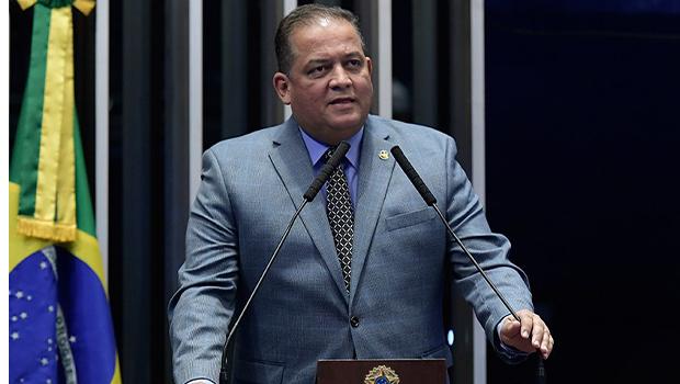 Eduardo Gomes pode disputar o governo e Ronaldo Dimas uma vaga no Senado