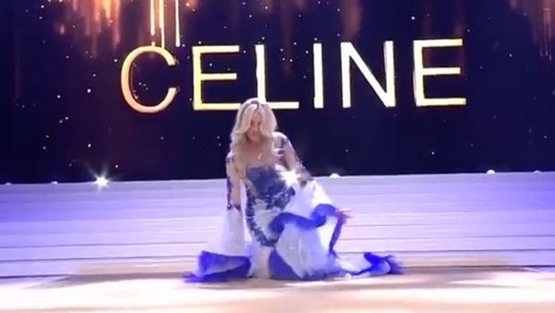 Miss Bélgica cai e perde sutiã no palco