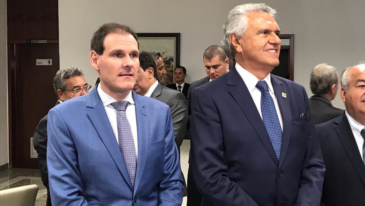 Goiás pode adotar redução temporária de salários do funcionalismo público