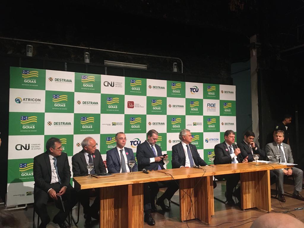 Dias Toffoli apoia novo Pacto Federativo para socorrer estados em crise fiscal