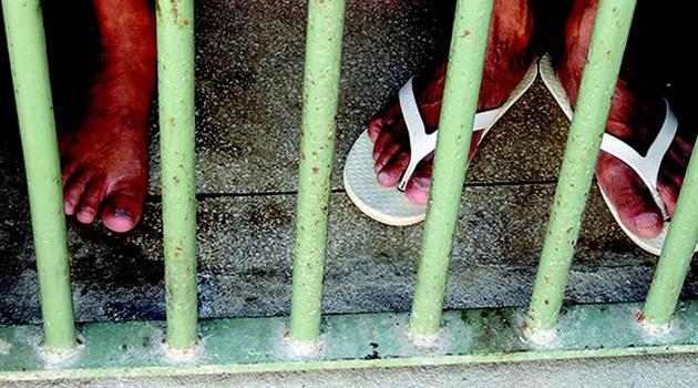"""Prisão domiciliar: Insegurança jurídica tem sido """"terreno fértil"""" para cometimento de injustiças, diz advogado"""