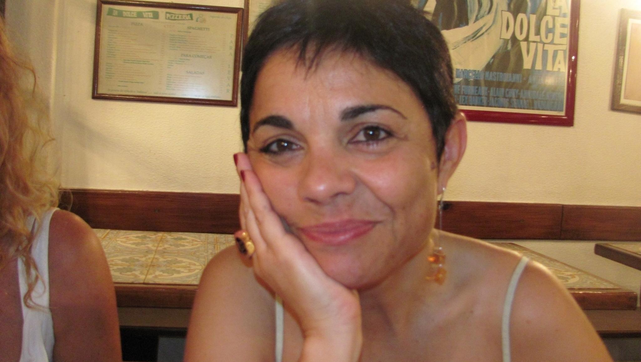 Maria João Cantinho e a poesia da condição humana