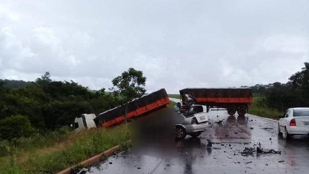 Cinco morrem em grave acidente na GO-330, em Vianópolis