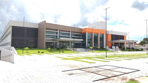 Hospital e Maternidade Municipal Célia Câmara tem 12 pacientes internados