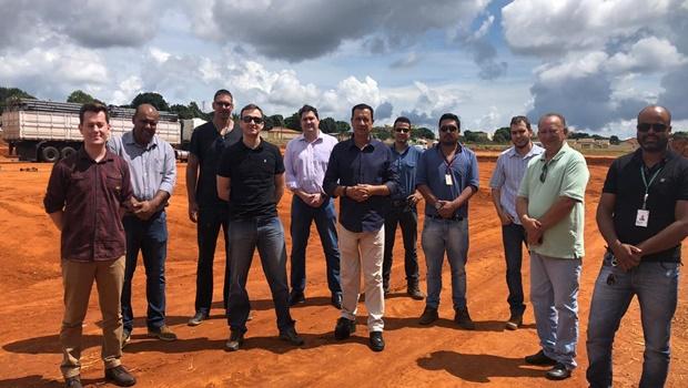 Prefeito de Águas Lindas recebe equipe técnica para Hospital de Campanha