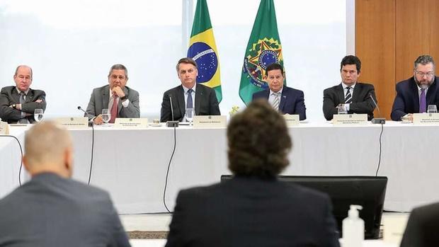 Leia a transcrição do vídeo da reunião ministerial citada por Moro