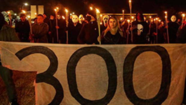 """STF é alvo de ataques de grupo """"300 do Brasil"""""""
