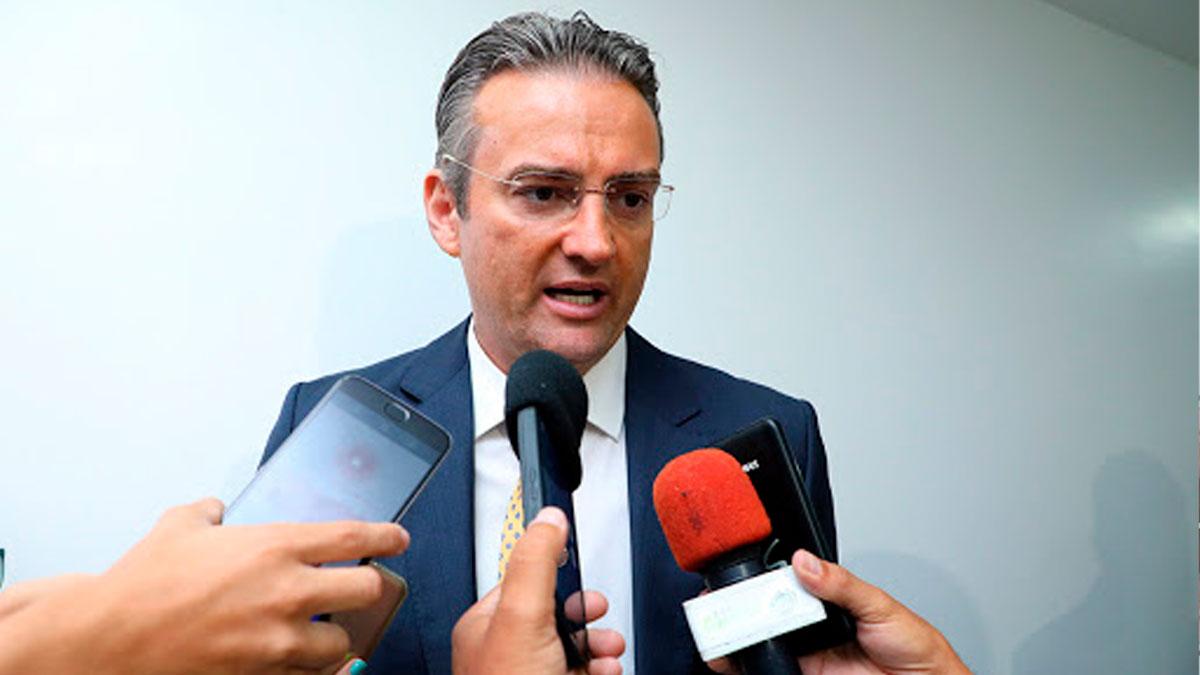 Alexandre Ramagem deve bancar Rolando Alexandre Souza pra diretor-geral da Polícia Federal