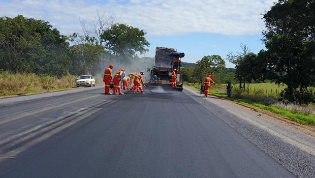 Governo de Goiás retoma restauração da GO-060 e anuncia novos obras