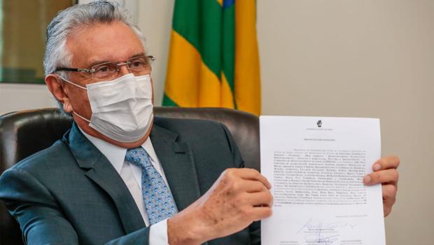 Governo estadual paga quarta parcela do auxílio-alimentação a estudantes da rede pública