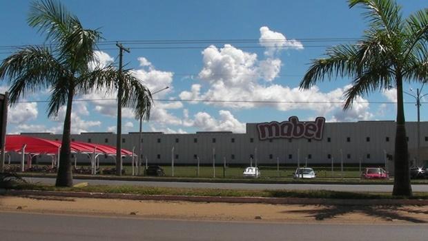 Contrariando boatos, Mabel continua a produzir em Goiás