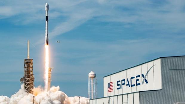 Rumo à ISS: EUA acaba de lançar nave SpaceX tripulada por dois astronautas