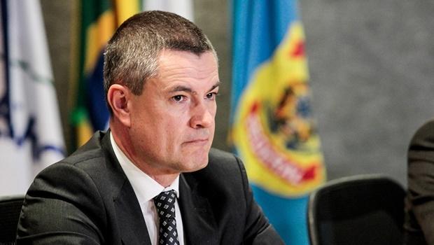 """Ex-diretor confirma que Bolsonaro queria """"alguém mais próximo"""" na PF"""
