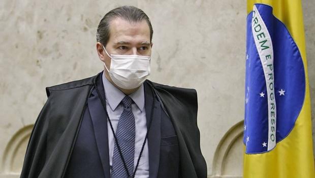 Presidente do STF está hospitalizado com sintomas de Covid-19