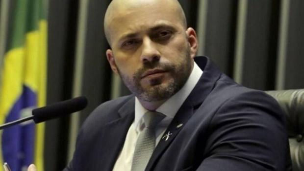 PF faz busca e apreensão contra deputado e blogueiro bolsonaristas