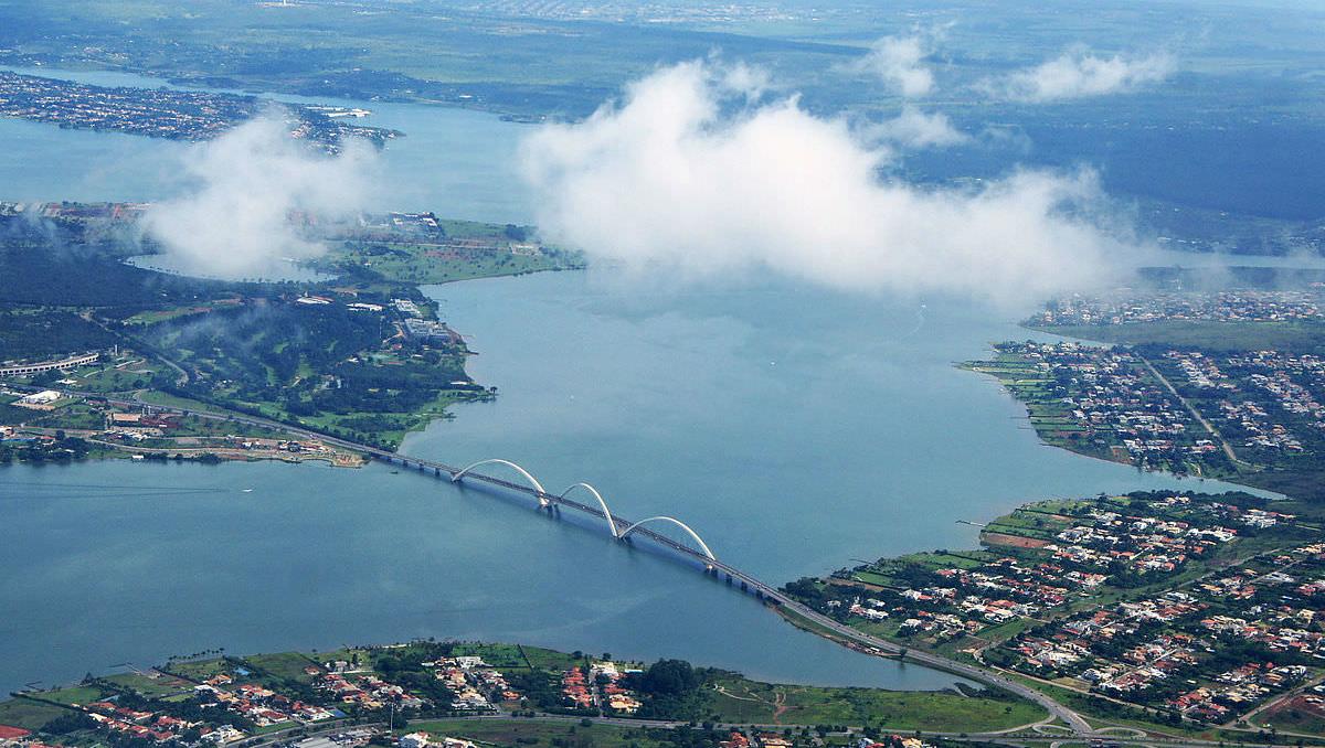 Um goiano sugeriu o lago de Brasília