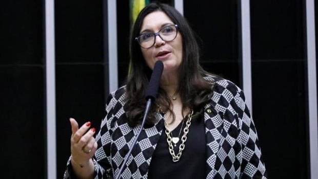 PSL deve expulsar parlamentares que votaram contra o Fundeb