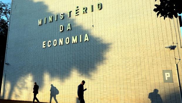 Ministério da Economia anuncia controle de despesas para cumprir teto de gastos