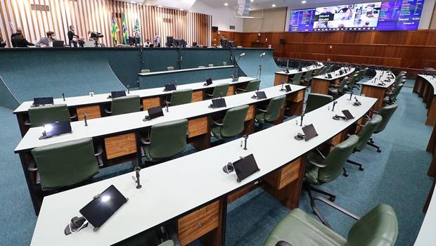Deputados votam projeto que autoriza socorro estadual a empresas goianas