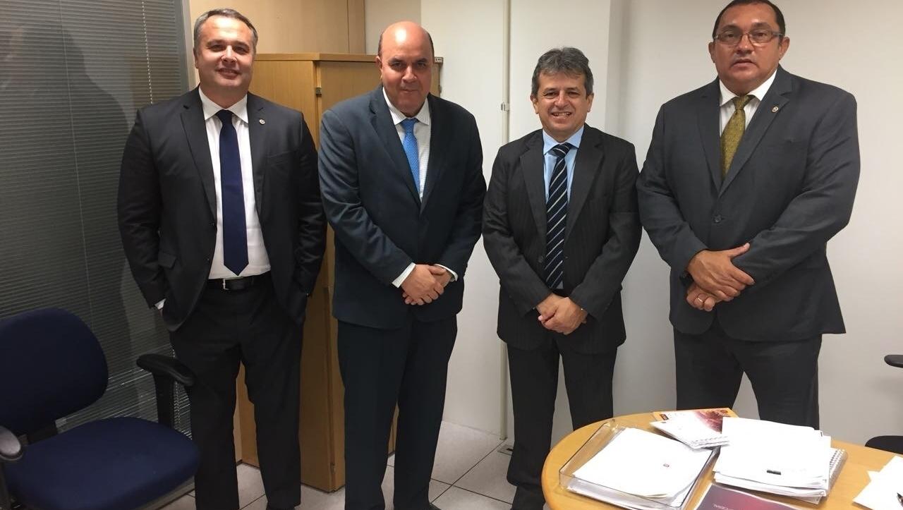Benedito Torres e Dirceu Barros lançam livro sobre (in)fidelidade partidária