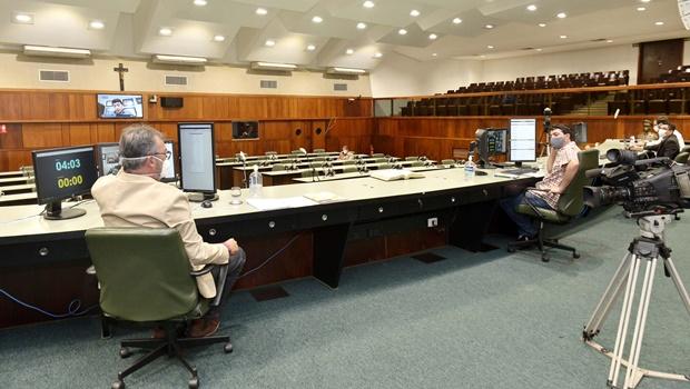 Programa Simplifica Goiás e Fundo de Aval do Estado são aprovados na Alego