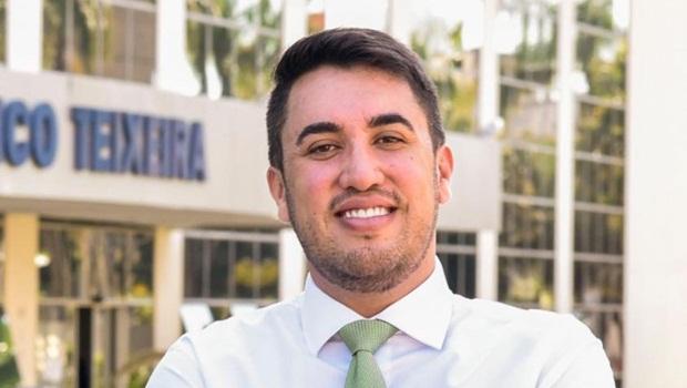 Ex-chefe de gabinete do governador Ronaldo Caiado (DEM), Paulo Vitor Avelar (DEM) é pré-candidato a prefeito em Jaraguá | Foto: Reprodução/Facebook