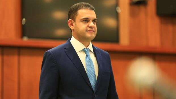 Cairo Salim retira candidatura e Pros declara apoio a Gustavo Mendanha
