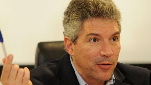 Helio Telho diz que empresa compra mandato investindo em campanha para lucrar