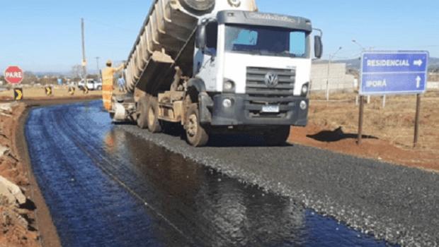 Governo de Goiás retoma obras para concluir pavimentação e restauração de rodovias em todo o Estado