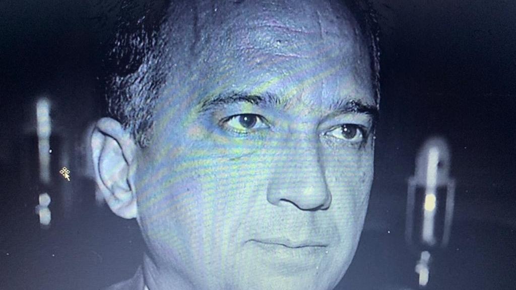 O governador de Goiás que foi barrado no Palácio das Esmeraldas por um soldado