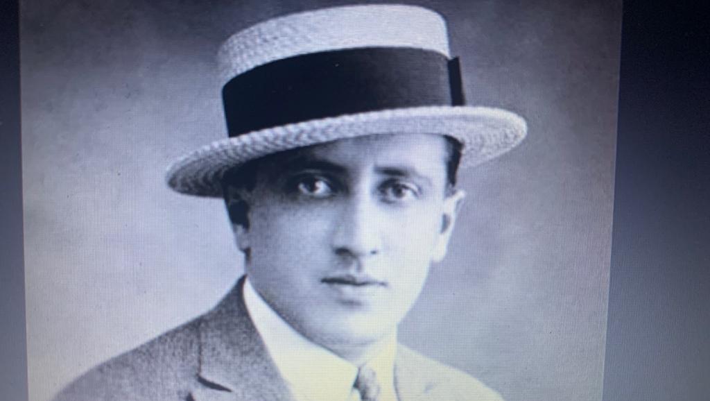O tango La Cumparsita não é de autoria de um compositor argentino