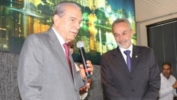 Paulo Ortegal convida auxiliares de Iris para reunião com Maguito