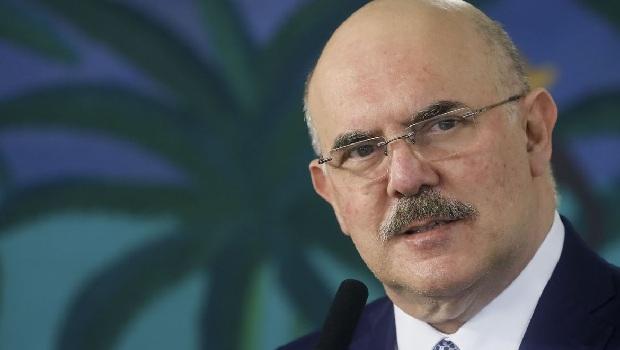 PGR quer apurar se ministro da Educação cometeu crime de homofobia em fala ao Estadão