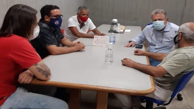 Elias Vaz vai manter contrato com Saneago em Goiânia
