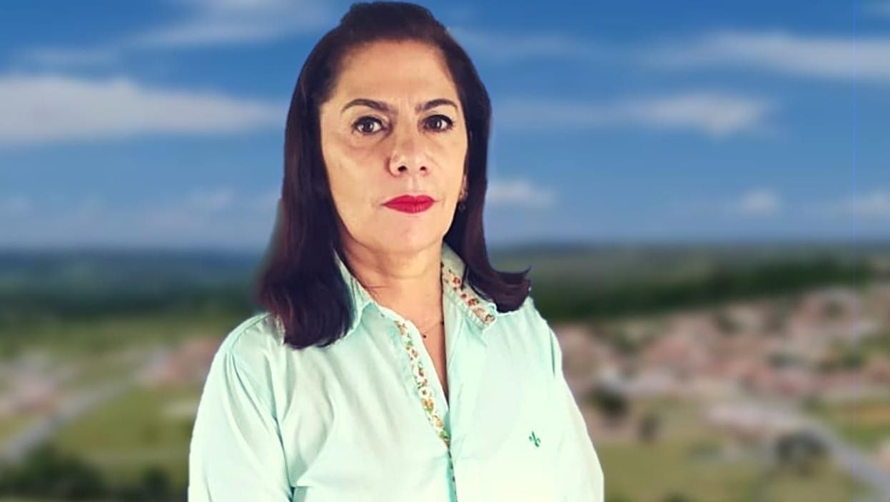 Candidata a prefeita de Novo Gama pelo PSL renuncia e apoia candidato do PRTB