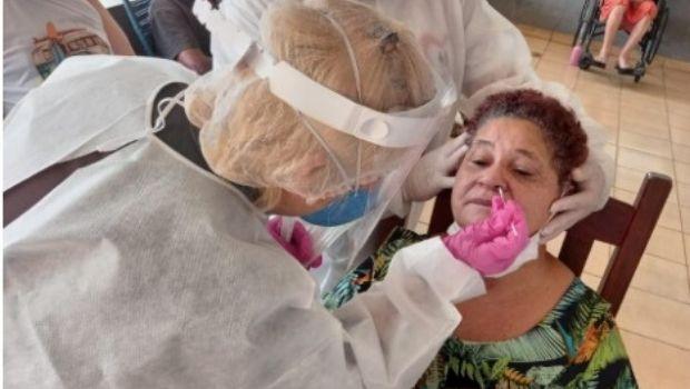 Covid-19: Governo de Goiás inicia retestagem em idosos e trabalhadores de 27 instituições