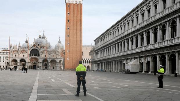Após nova onda de Covid-19, Itália determina fechamento de estabelecimentos
