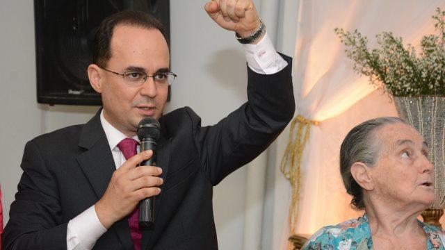 Pastor Abinair Vargas assume o comando da Assembleia de Deus-Ministério Fama
