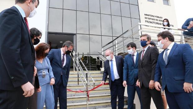 Prefeito Jânio Darrot participa de inauguração da nova sede das promotorias de Justiça de Trindade