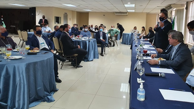 Fórum Goiano de Entidades Empresarias e vereadores eleitos discutem demandas do setor produtivo